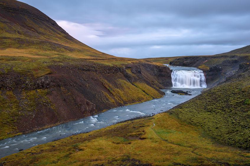 laxa i kjos elven nær Reykjavik