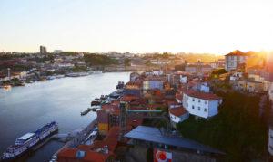 Rio Douro elven i porto